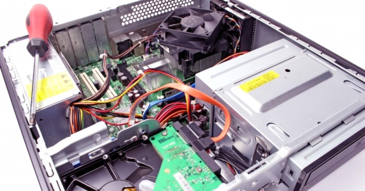 パソコン修理の依頼先は3種類!内容別費用とデータ損失に備える対策